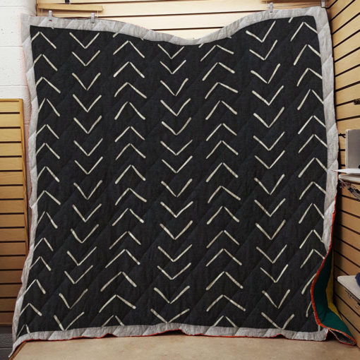Mudcloth Big Arrows in Black and White Throw Quilt Blanket
